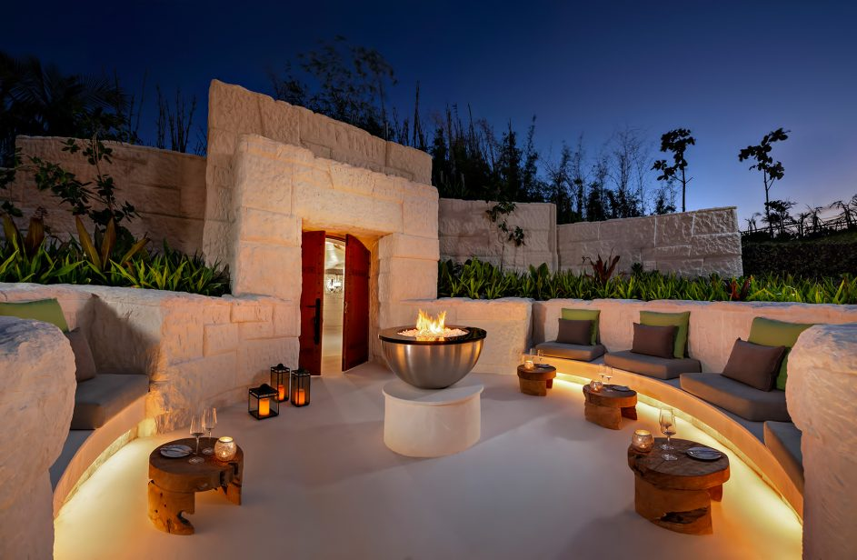 Waldorf Astoria Maldives Ithaafushi Luxury Resort - Ithaafushi Island, Maldives - The Rock Lounge