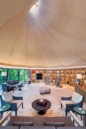 The St. Regis Maldives Vommuli Luxury Resort - Dhaalu Atoll, Maldives - The Library