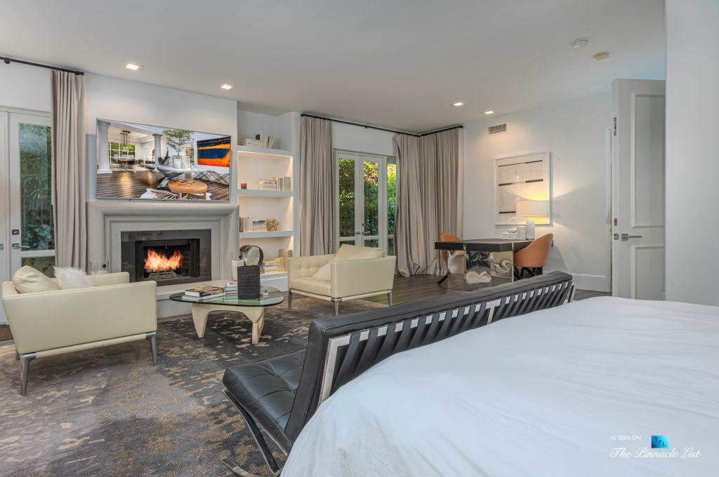 Beverly Hills Italian Villa Hilltop Estate - 2720 Ellison Dr, Beverly Hills, CA, USA - Master Bedroom