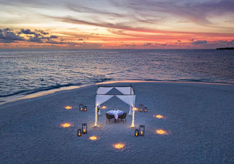 Waldorf Astoria Maldives Ithaafushi Luxury Resort - Ithaafushi Island, Maldives - Sand Bank Sunset Dining