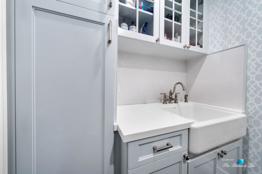 1412 Laurel Ave, Manhattan Beach, CA, USA - Laundry Room Sink