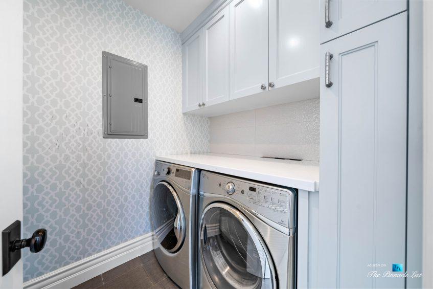 1412 Laurel Ave, Manhattan Beach, CA, USA - Laundry Room