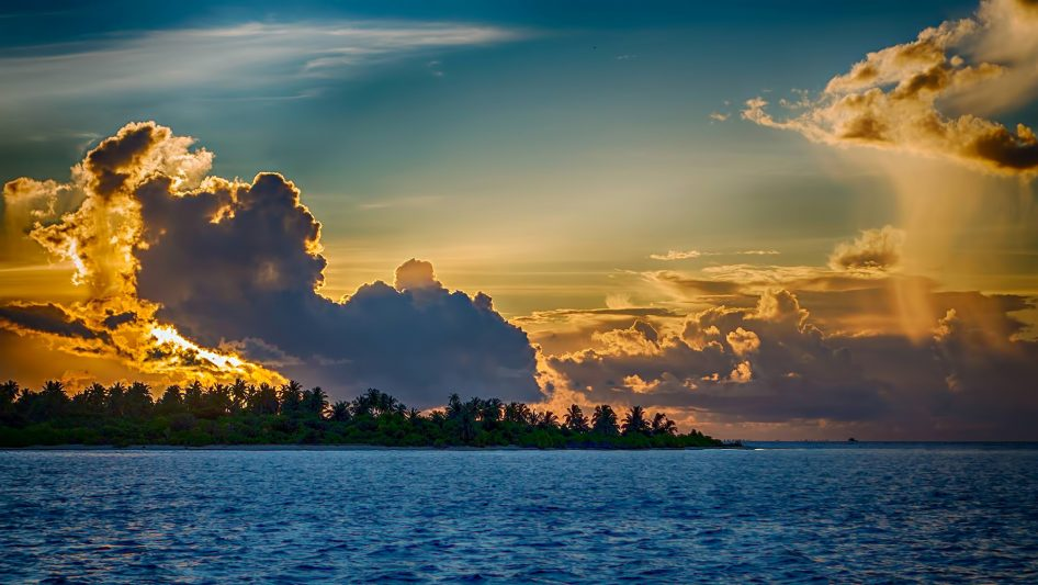 Six Senses Laamu Luxury Resort - Laamu Atoll, Maldives - Resort Sunset