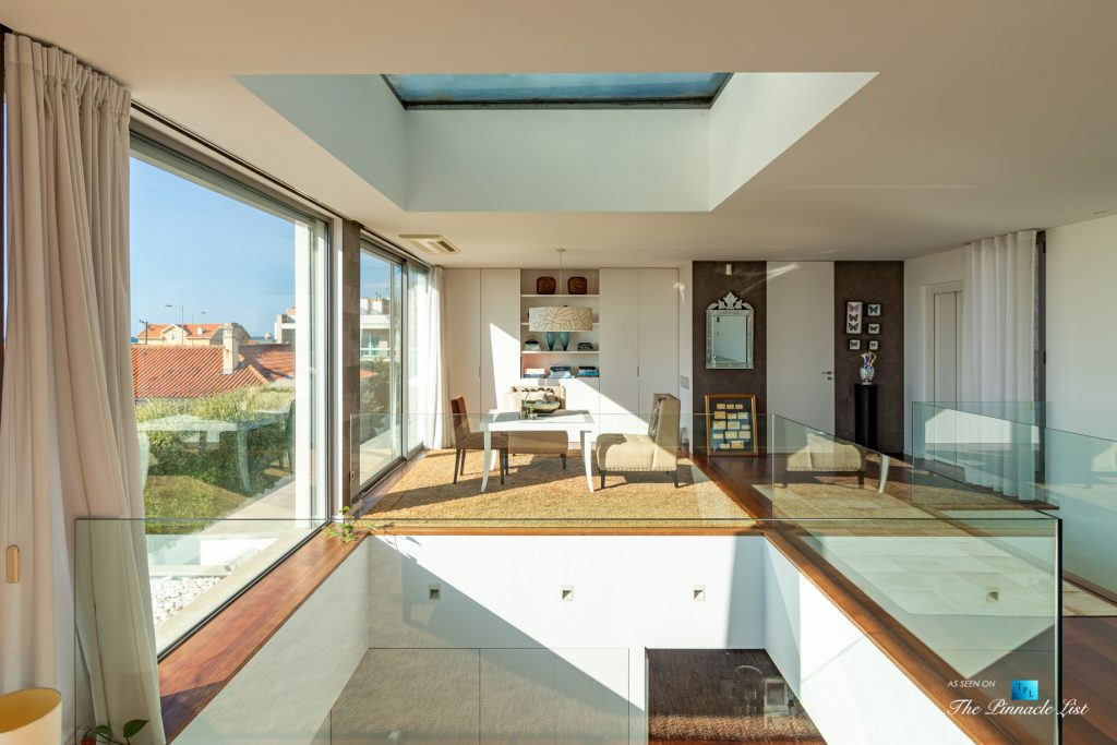 Francelos Beach T5 Luxury Villa - Vila Nova de Gaia, Porto, Portugal - Sitting Area