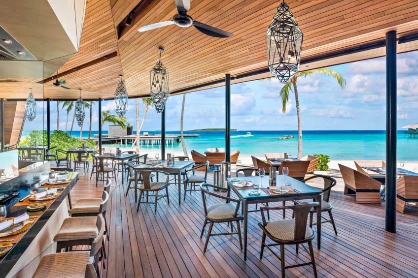 The St. Regis Maldives Vommuli Luxury Resort - Dhaalu Atoll, Maldives - Orientale Restaurant Interior