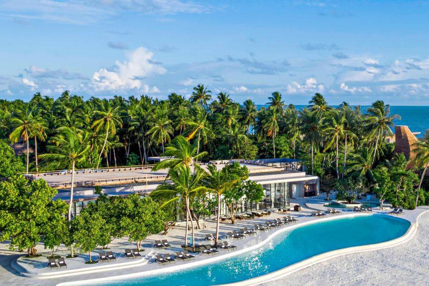 The St. Regis Maldives Vommuli Luxury Resort - Dhaalu Atoll, Maldives - Infinity Pool
