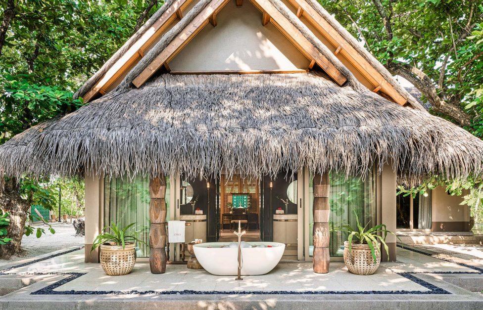 Joali Maldives Luxury Resort - Muravandhoo Island, Maldives - Luxury Villa Outdoor Bathtub