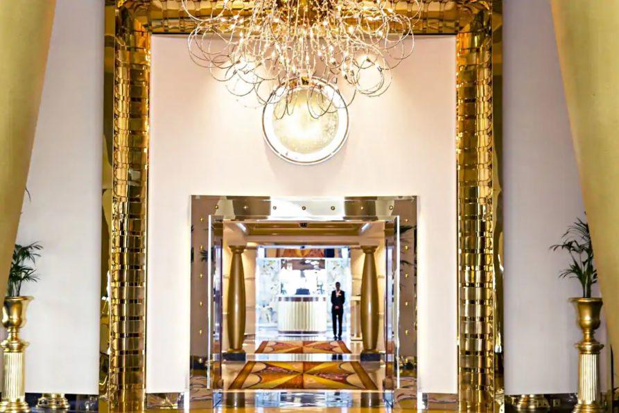 Burj Al Arab Luxury Hotel - Jumeirah St, Dubai, UAE - Entrance