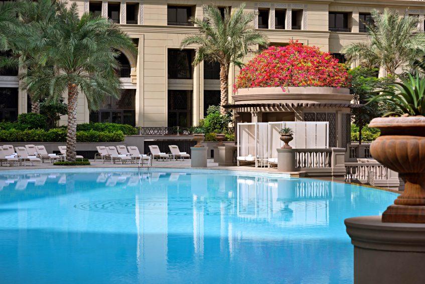 Palazzo Versace Dubai Hotel - Jaddaf Waterfront, Dubai, UAE - Central Pool Deck