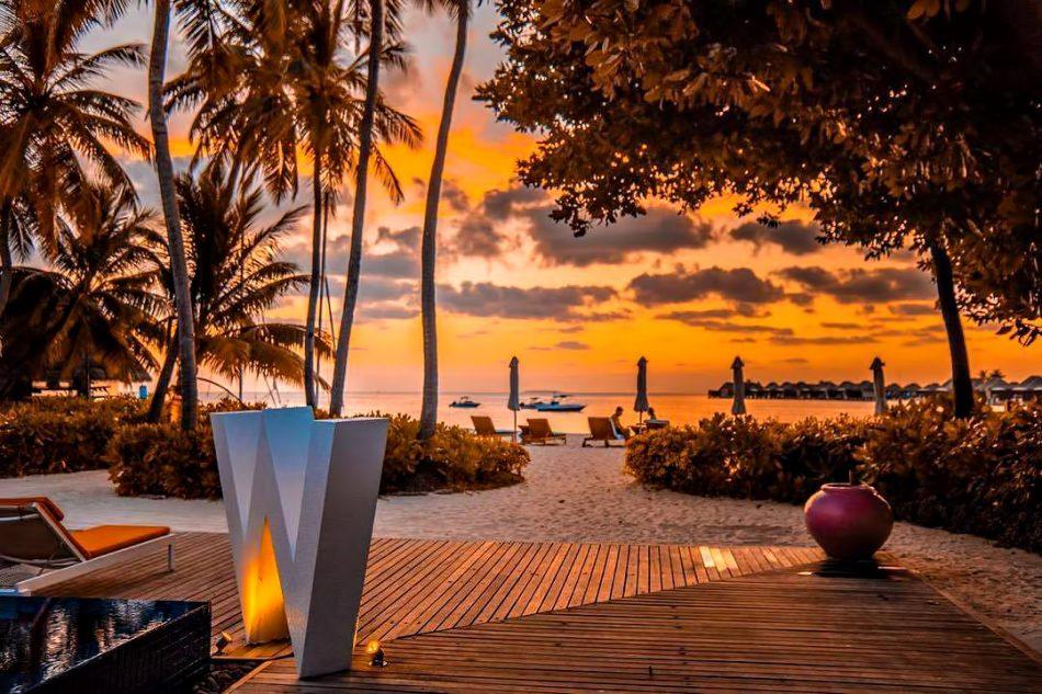 W Maldives Luxury Resort - Fesdu Island, Maldives - Resort Beachfront Sunset