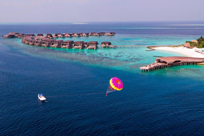 The St. Regis Maldives Vommuli Luxury Resort - Dhaalu Atoll, Maldives - Watersport Parasailing