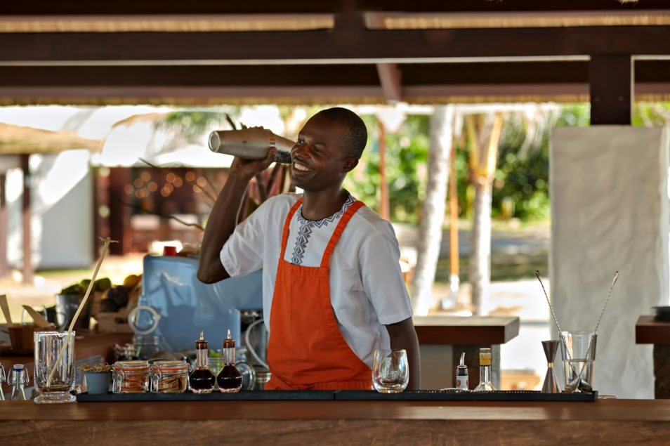 Six Senses Zil Pasyon Luxury Resort - Felicite Island, Seychelles - Bartender