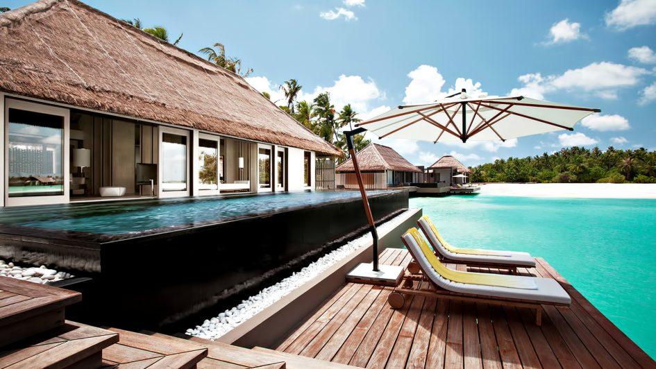 Cheval Blanc Randheli Luxury Resort - Noonu Atoll, Maldives - Overwater Villa Infinity Pool Deck