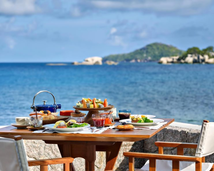 Six Senses Zil Pasyon Luxury Resort - Felicite Island, Seychelles - Oceanfront Dining