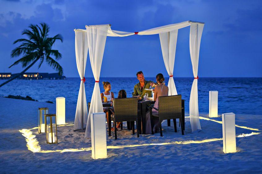 The St. Regis Maldives Vommuli Luxury Resort - Dhaalu Atoll, Maldives - Family Beach Dinner