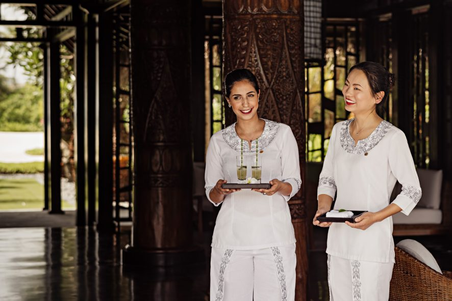 One&Only Reethi Rah Luxury Resort - North Male Atoll, Maldives - Reception Concierge