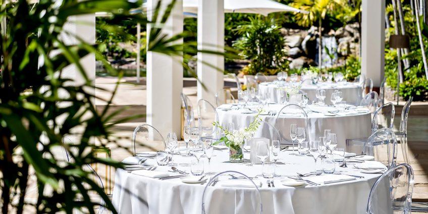 InterContinental Hayman Island Resort - Whitsunday Islands, Australia - Hayman Resort Outside Dining Tables