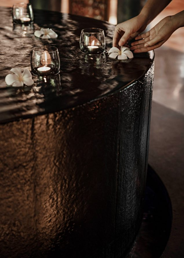 One&Only Reethi Rah Luxury Resort - North Male Atoll, Maldives - Spa Reception Fountain