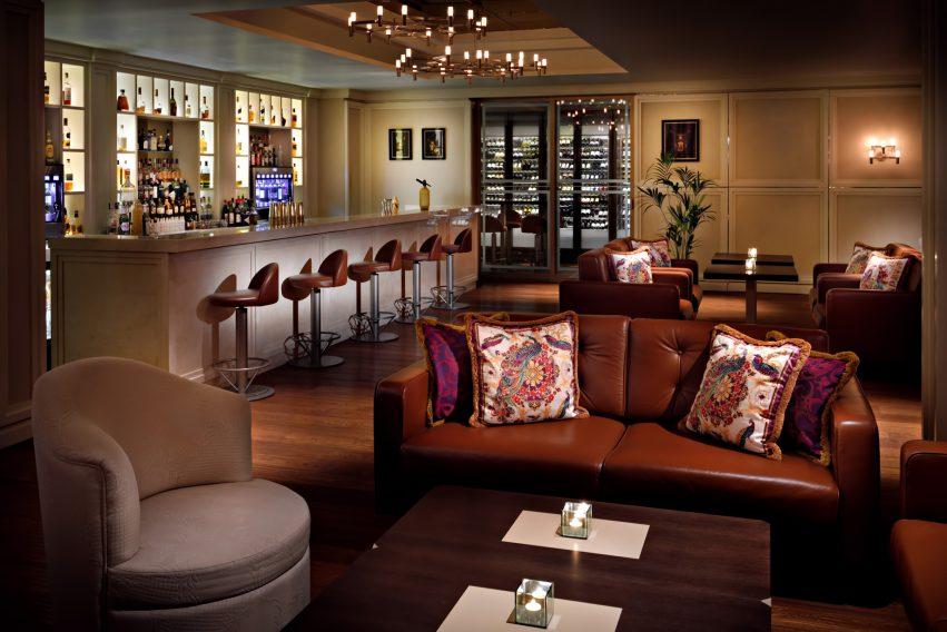 Palazzo Versace Dubai Hotel - Jaddaf Waterfront, Dubai, UAE - La Vita Bar