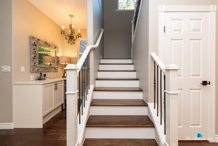 2366 Sunnyside Rd, Anmore, BC, Canada - Kitchen Stairs
