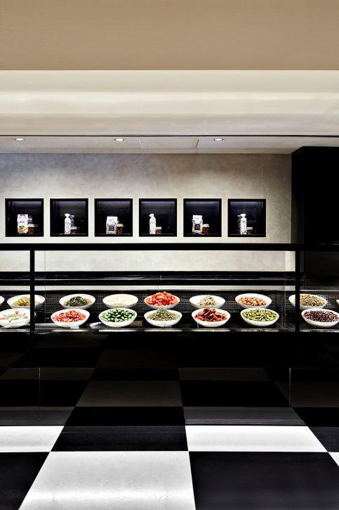 Armani Hotel Dubai - Burj Khalifa, Dubai, UAE - Armani Deli Dining Experiences