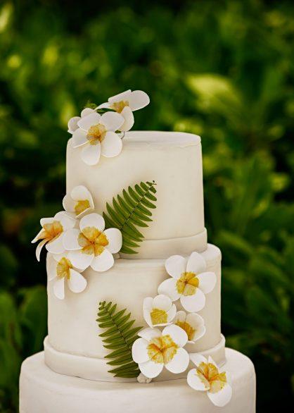 One&Only Reethi Rah Luxury Resort - North Male Atoll, Maldives - Resort Wedding Cake