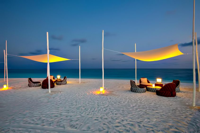 Velassaru Maldives Luxury Resort – South Male Atoll, Maldives - Beach Dusk Lounge