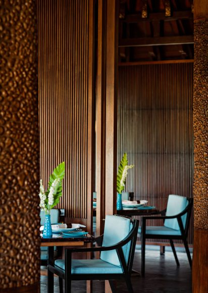 One&Only Reethi Rah Luxury Resort - North Male Atoll, Maldives - Aqua Restaurant Seating