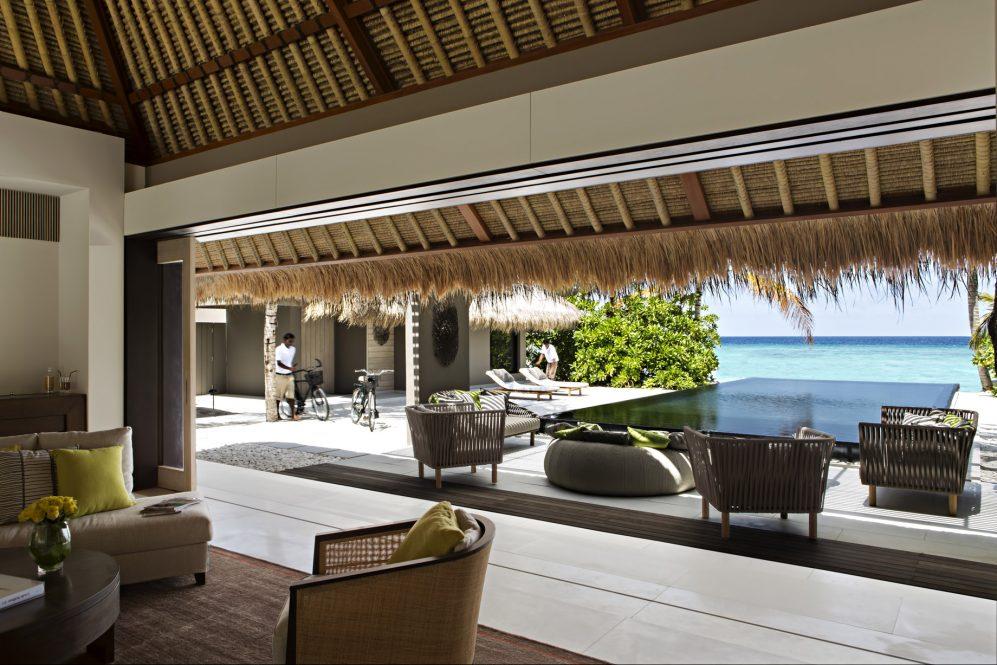 Cheval Blanc Randheli Luxury Resort - Noonu Atoll, Maldives - Island Villa Pool Deck