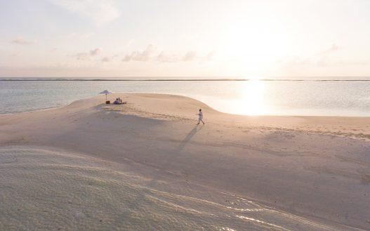 Soneva Jani Luxury Resort - Noonu Atoll, Medhufaru, Maldives - Beach Picnic Sunset