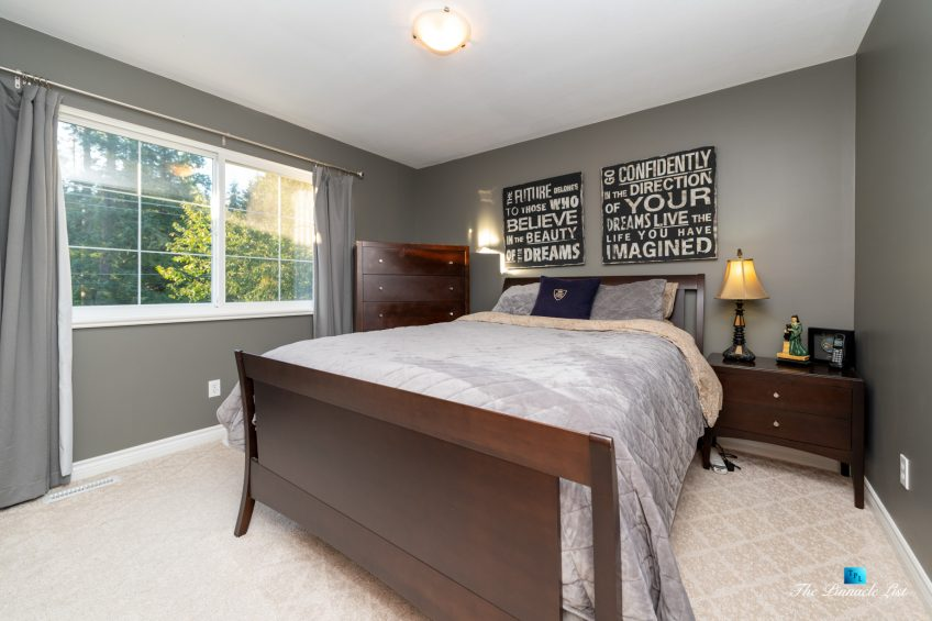 2366 Sunnyside Rd, Anmore, BC, Canada - Bedroom