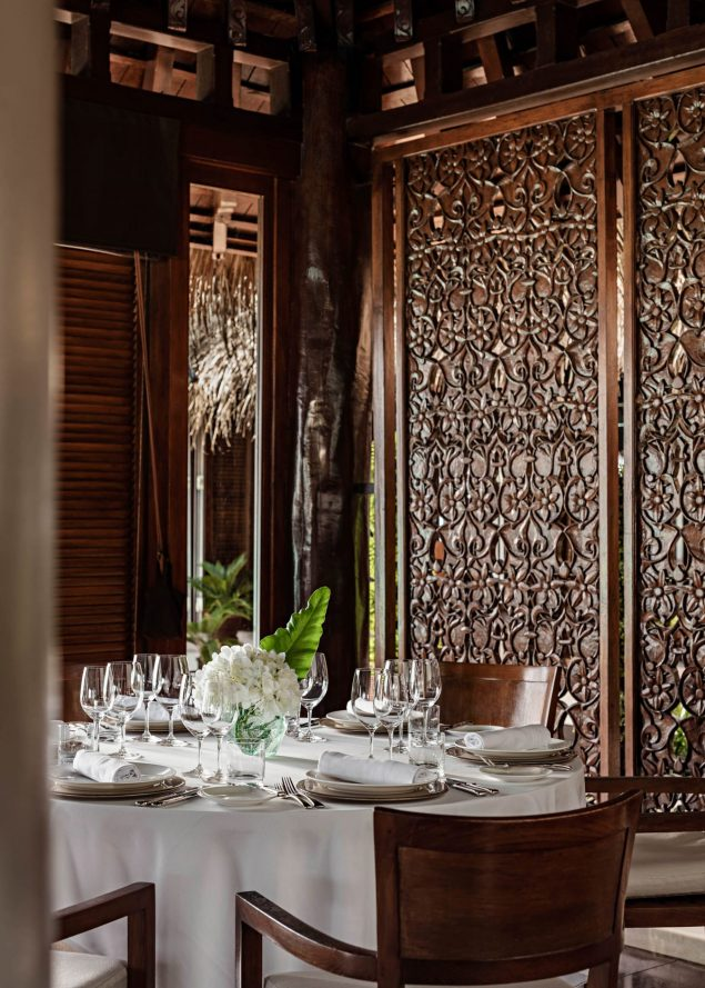 One&Only Reethi Rah Luxury Resort - North Male Atoll, Maldives - Restaurant Table Setting