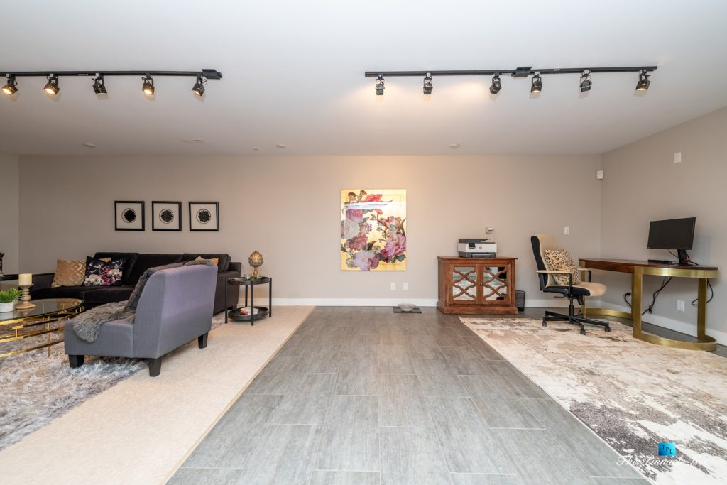 2366 Sunnyside Rd, Anmore, BC, Canada - Basment Family Room