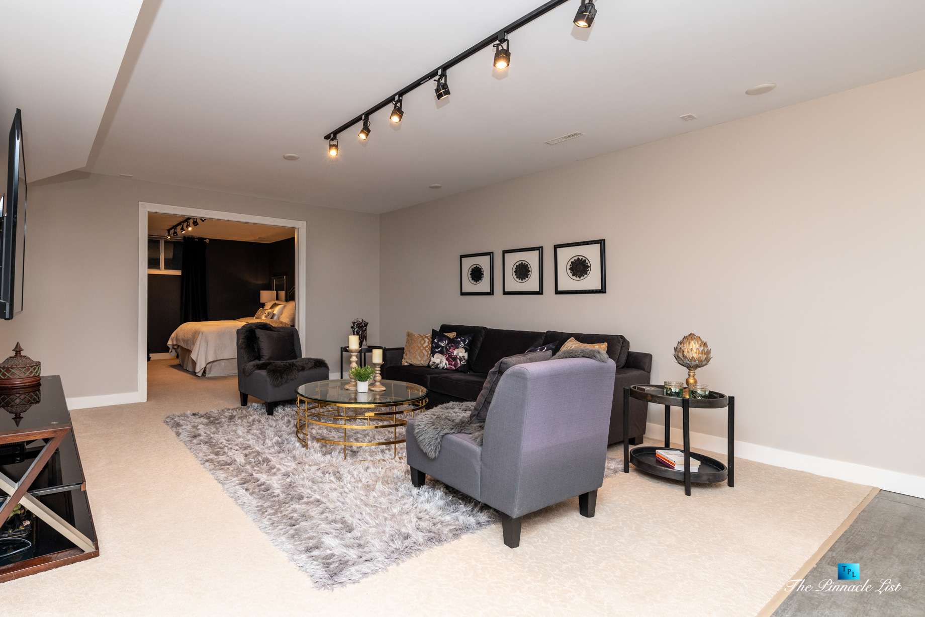 2366 Sunnyside Rd, Anmore, BC, Canada – Basment Family Room