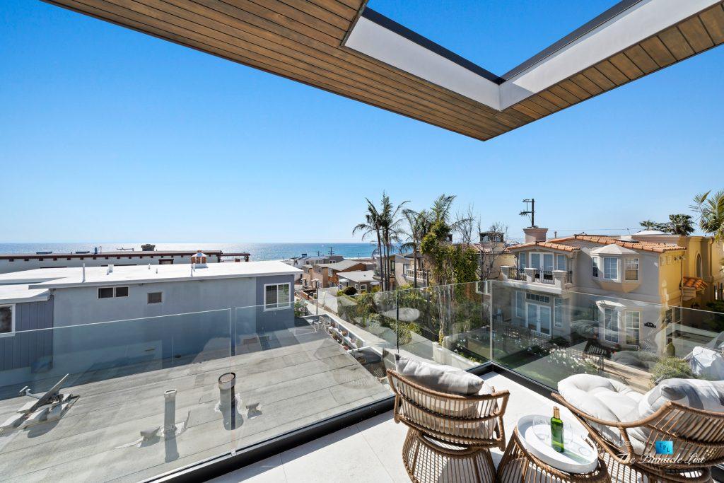 246 30th Street, Hermosa Beach, CA, USA - Living Room Patio