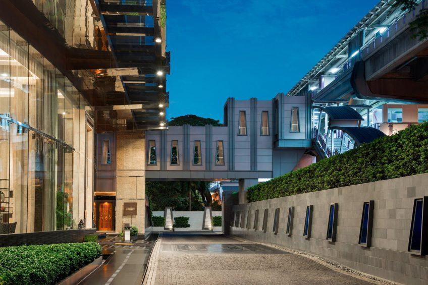 The St. Regis Bangkok Luxury Hotel - Bangkok, Thailand - Hotel Entrance