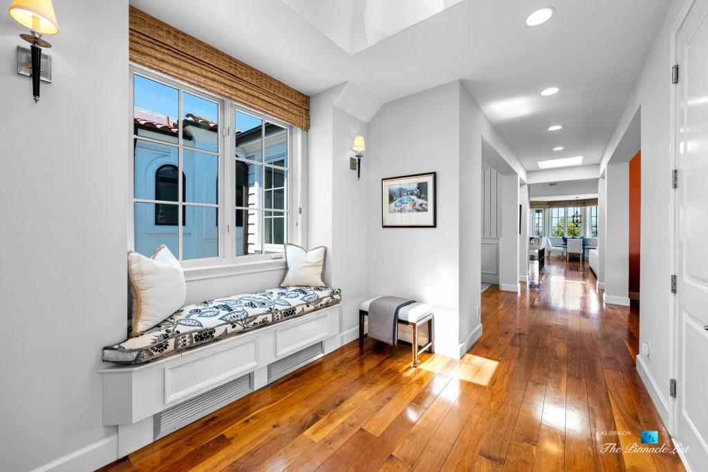 877 8th Street, Manhattan Beach, CA, USA - Upstairs Hallway