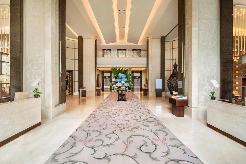 The St. Regis Bangkok Luxury Hotel - Bangkok, Thailand - Lobby
