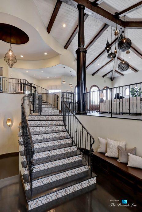 853 10th Street, Manhattan Beach, CA, USA - Foyer Stairs