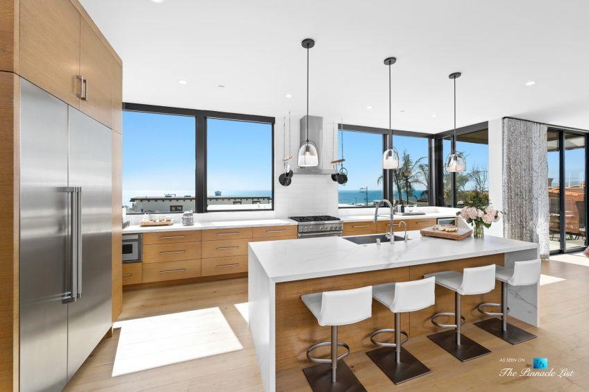 246 30th Street, Hermosa Beach, CA, USA - Kitchen