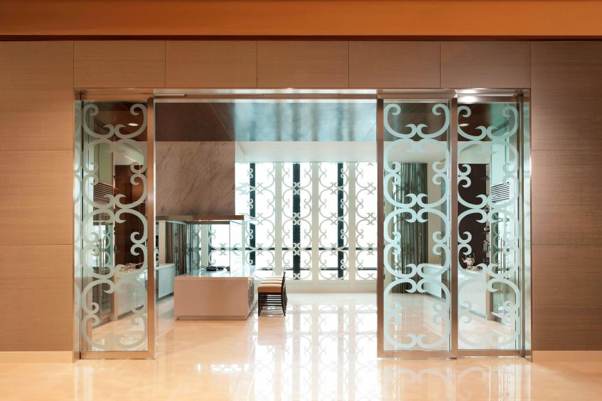 The St. Regis Bangkok Luxury Hotel - Bangkok, Thailand - Astor Level Open Kitchen