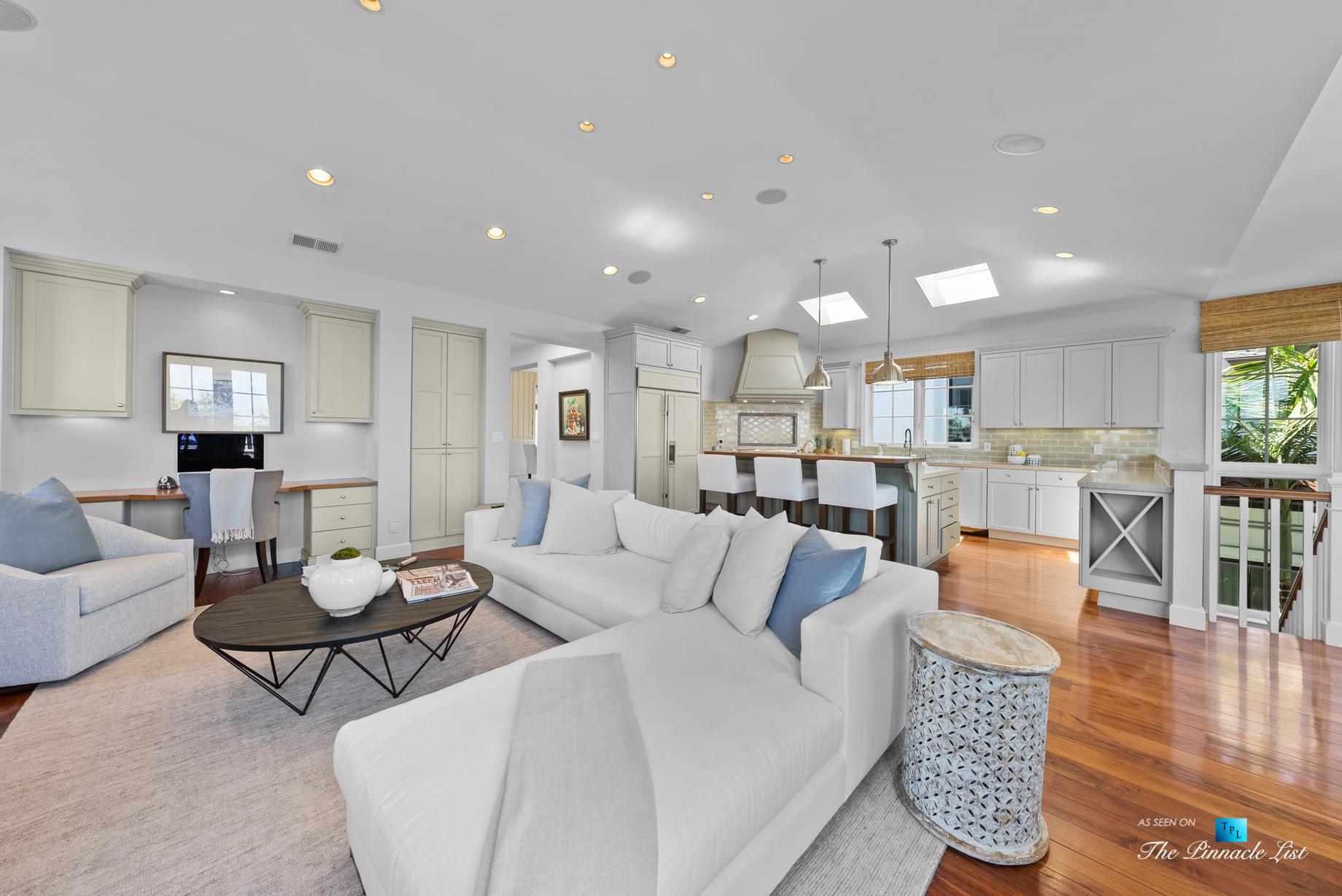 877 8th Street, Manhattan Beach, CA, USA – Living Room and Kitchen
