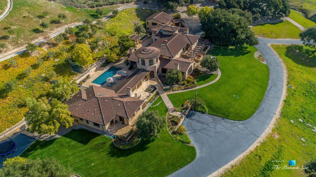Spectacular 251 Acre Twin Oak Ranch - 2667 Via De Los Ranchos, Los Olivos, CA, USA - Italian Villa Residence