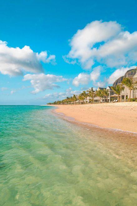 The St. Regis Mauritius Luxury Resort - Mauritius - Resort Beach