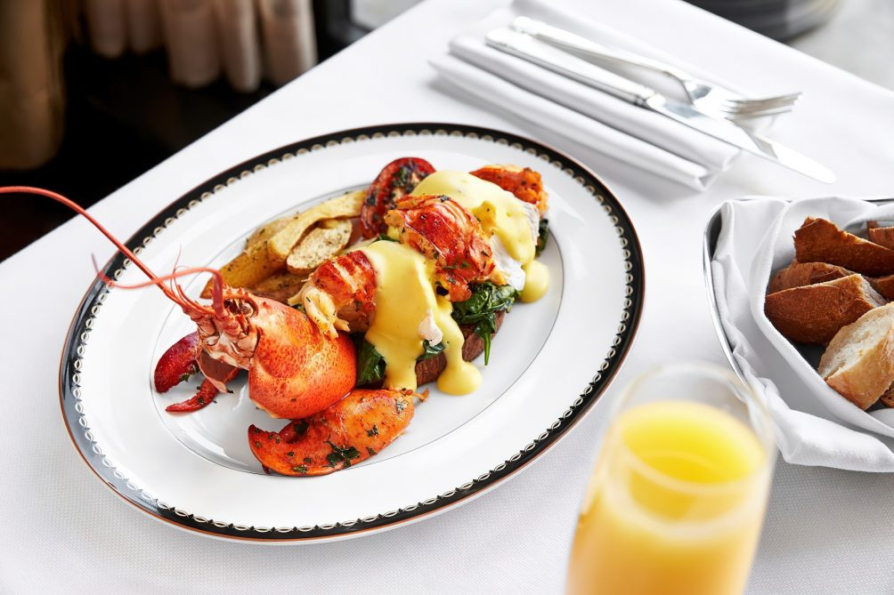The St. Regis Washington D.C. Luxury Hotel - Washington, DC, USA - Alhambra Restaurant Lobster