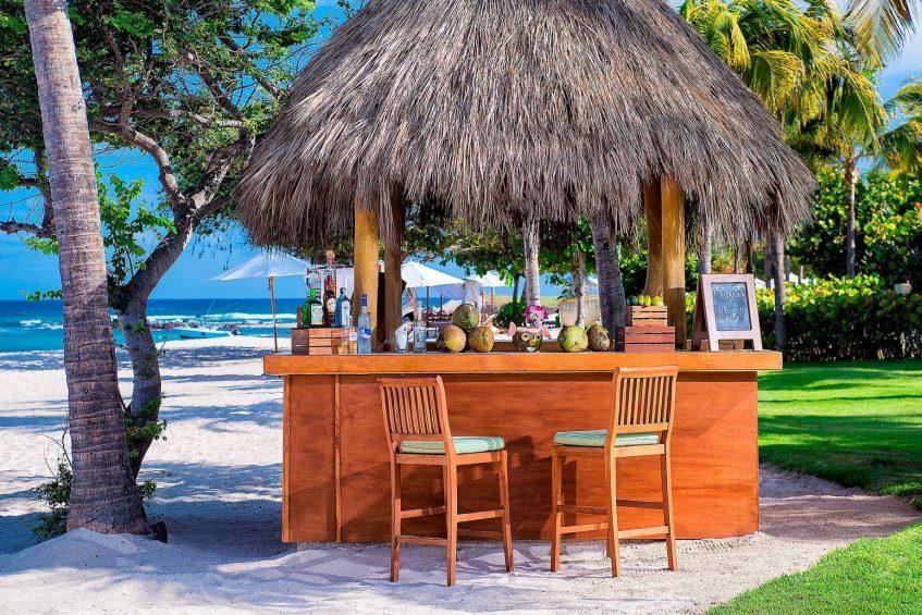 The St. Regis Punta Mita Luxury Resort - Nayarit, Mexico - Avocado Beachfront Vegan Bar