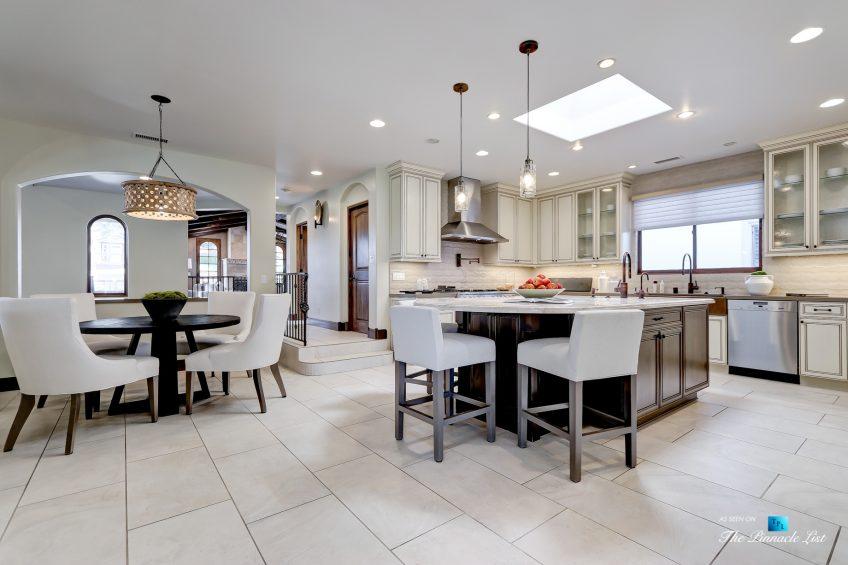 853 10th Street, Manhattan Beach, CA, USA - Kitchen