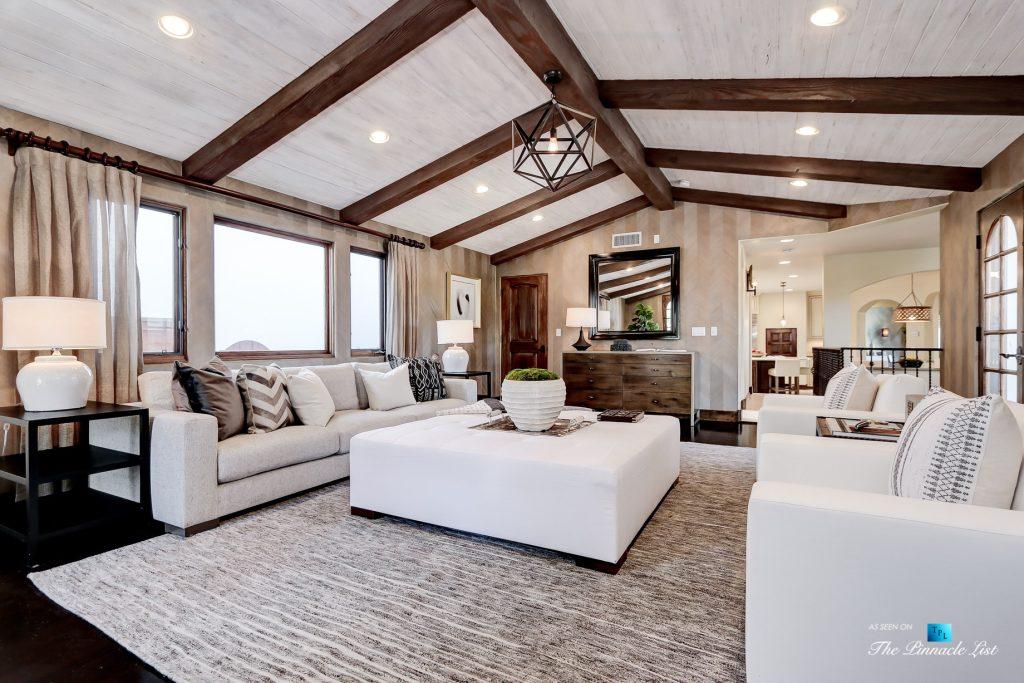 853 10th Street, Manhattan Beach, CA, USA - Family Room