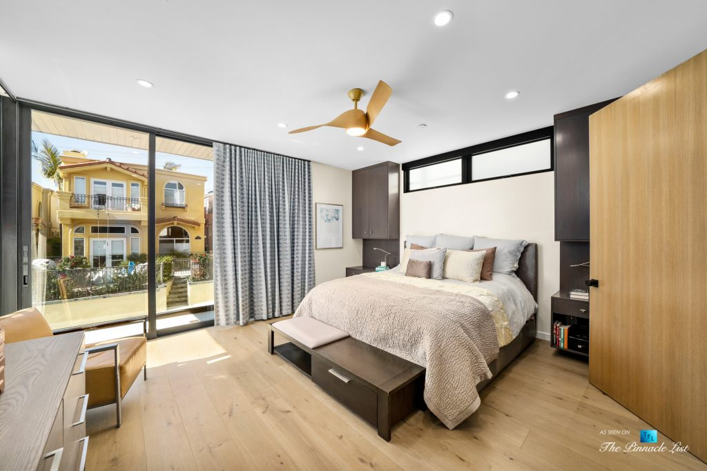 246 30th Street, Hermosa Beach, CA, USA - Master Bedroom