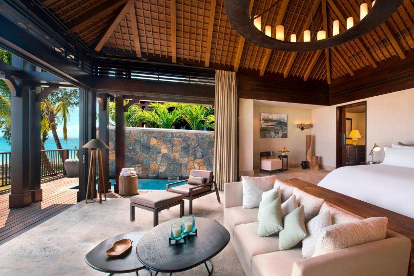 The St. Regis Mauritius Luxury Resort - Mauritius - The St. Regis Villa Master Bedroom with view on the Ocean